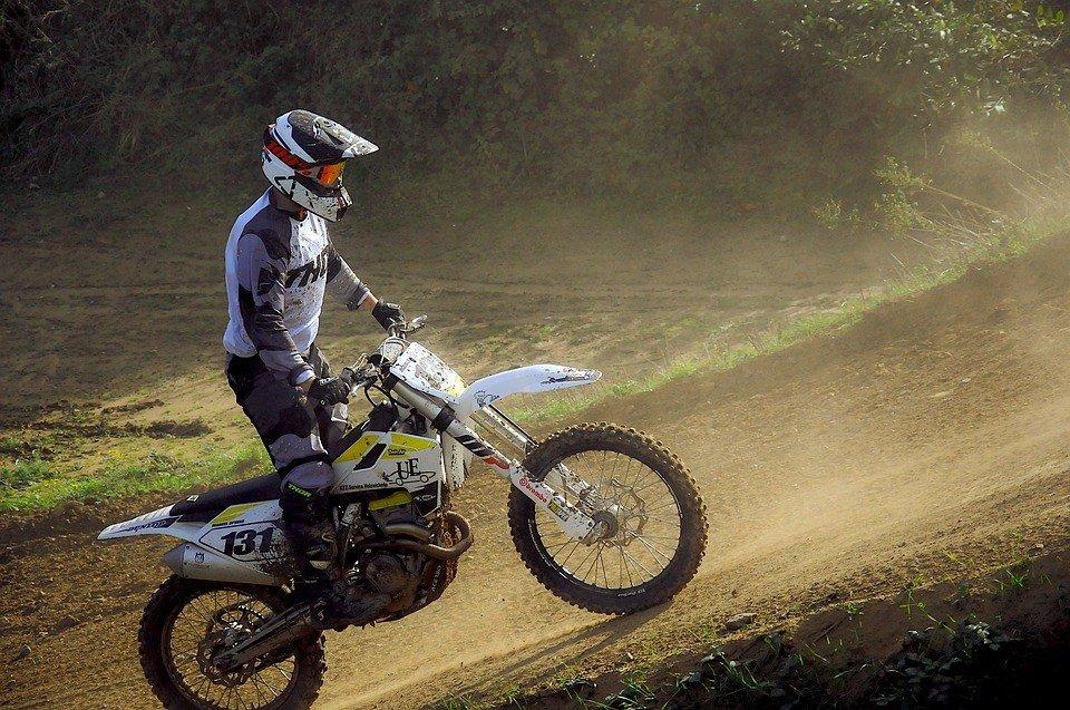 motocross 4590706_960_720